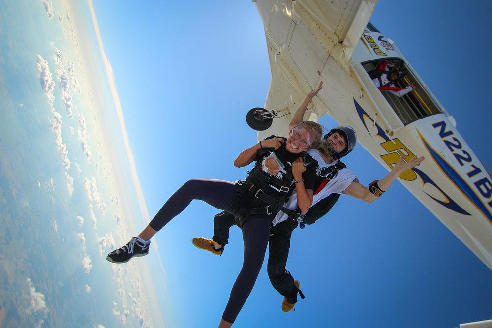 skydive-indy-tandem-iudm megan elisha stef.jpg