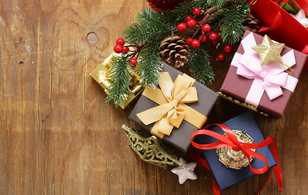 christmas-gifts-PF9U4XH.jpg