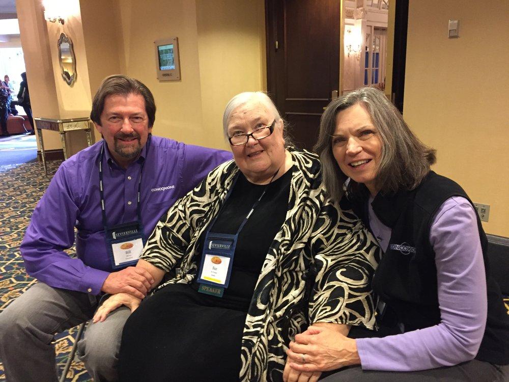 Bill, Sue Thomas, Kathy.JPG