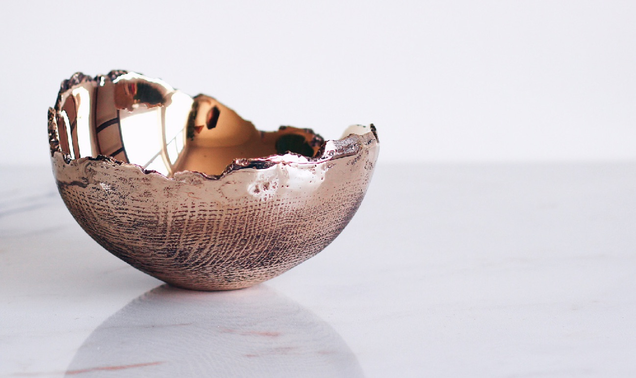 Bronze Cast Bowl Small With Wood Grain Maker