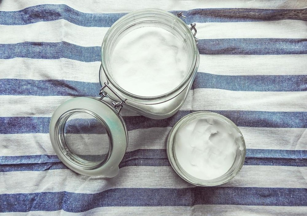 coconut-oil-for-teeth-whitening