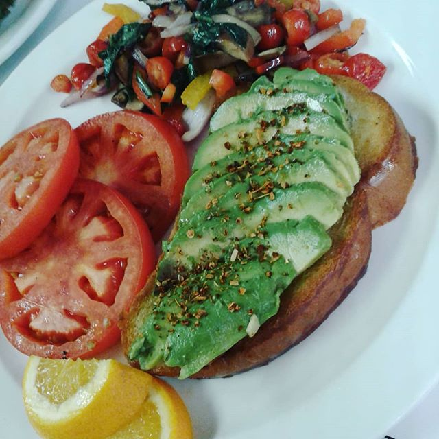 Calling all vegans (or vegetable enthusiasts)!! Have we got the meal for you!  Officially on our new menu, vegan avocado toast!  Toasted baguette, grilled veggies, avocado, and a choice of side.  Serving lunch from 11:00-2:00 daily. #BevanBistro #sidneylunch #veganfriendly #avocadotoast