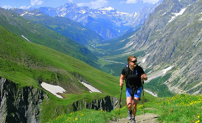 French & Italian Alps Walking & Hiking Tour - With majestic Mont Blanc towering above you, soak up the beauty of the Alps from two perspectives: français and italiano. Doubly sublime.