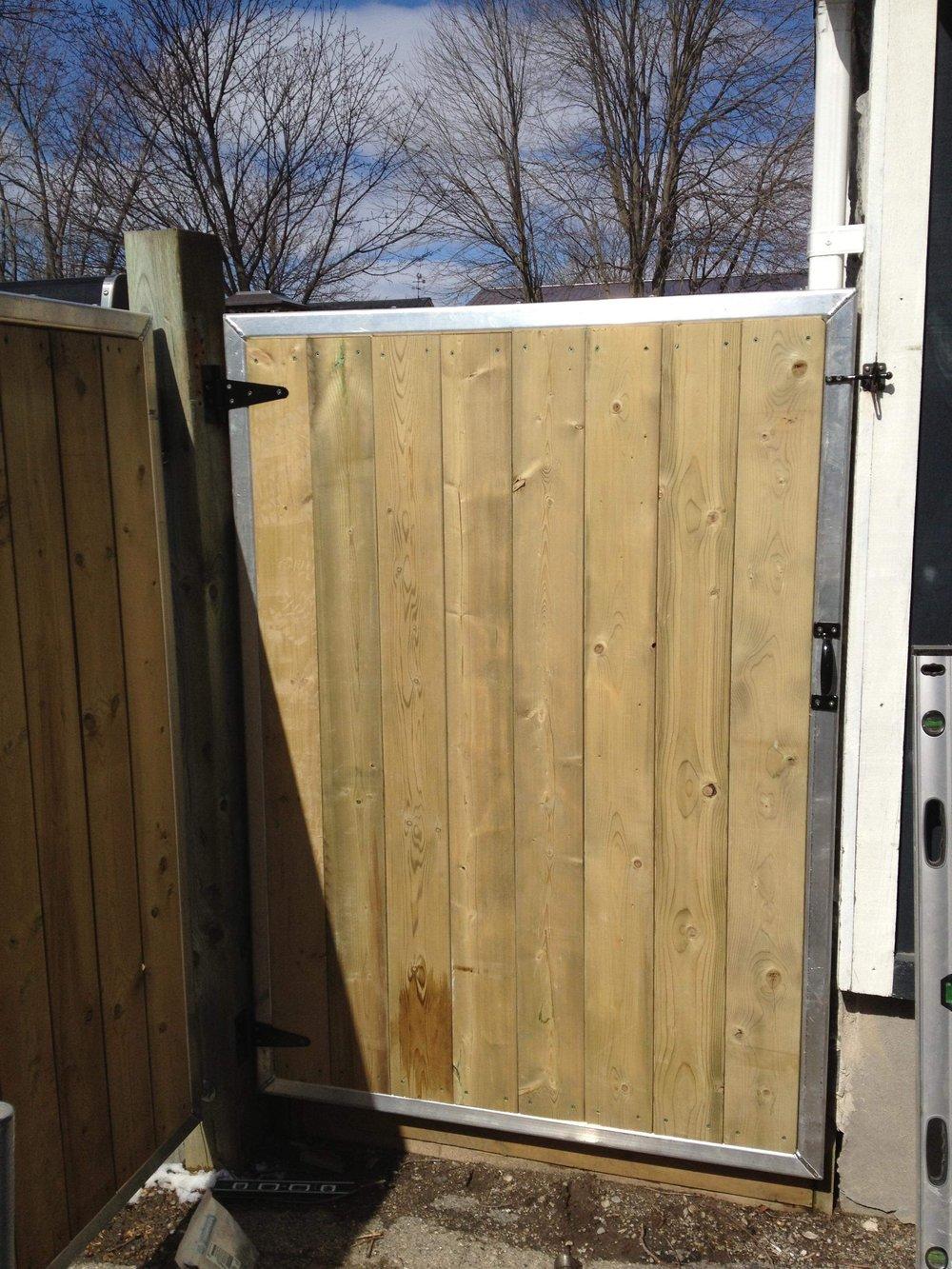 FENce + GATE -