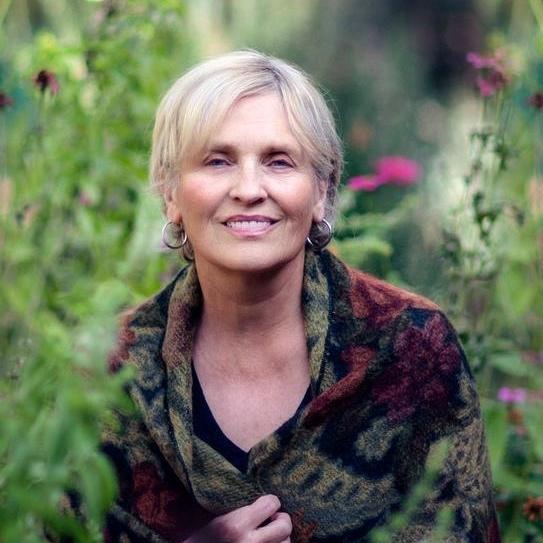 testimonial sunday larson - Simply Enchanted Living - Rhianne Newlahnd - Sedona Arizona (1).jpg