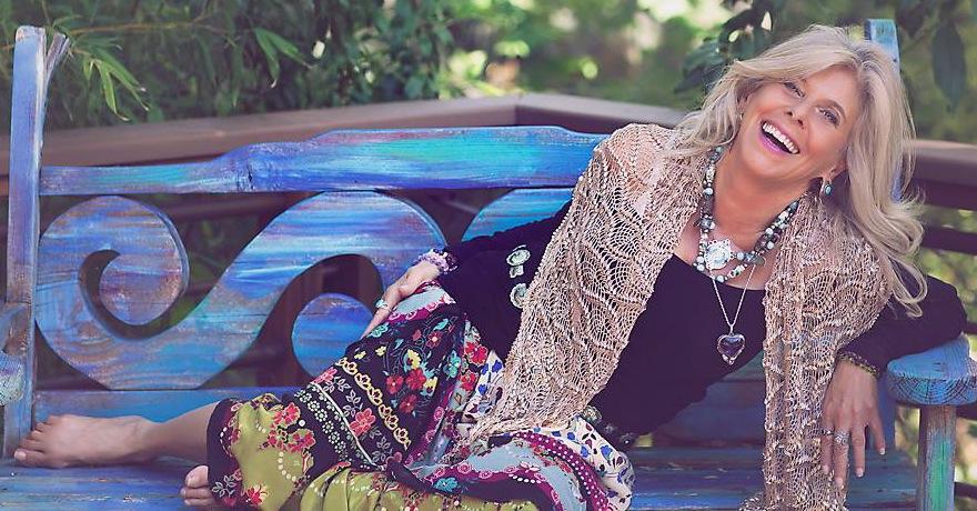 rhianne blue bench - Simply Enchanted Living - Rhianne Newlahnd - Sedona Arizona.jpg