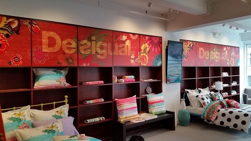 Desigual | Showroom Design, Production