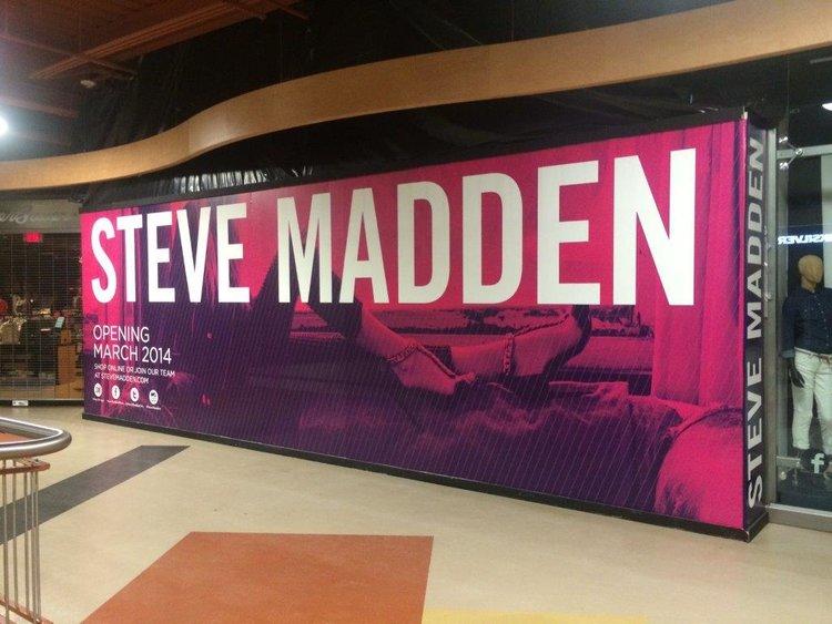 Steve Madden | Retail Barricade Wrap