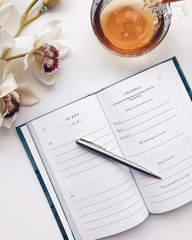 Start setting aside time for yourself.  The Create journal can help apply new behaviours in your life and become closer to creating a more organised, balanced and happier life. ✧ #thecreatestate #thecreatejournal