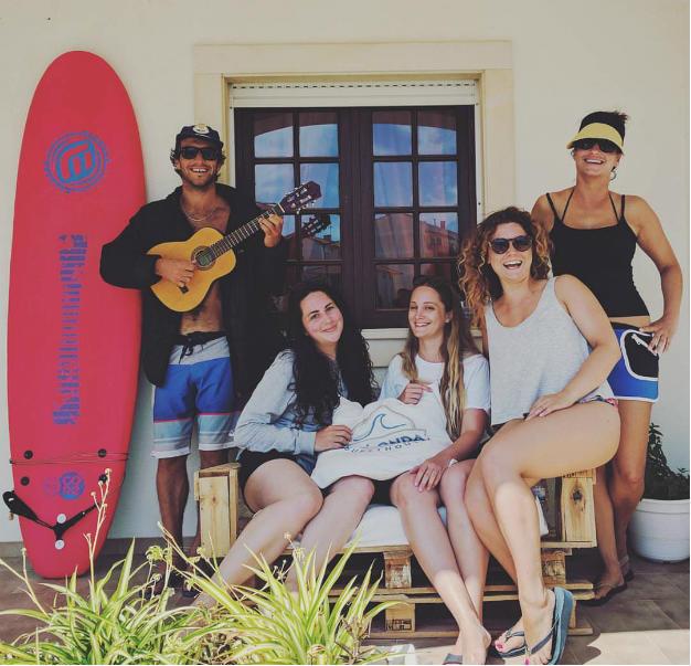 Friends-at-Boa-Onda-Guesthouse.jpg