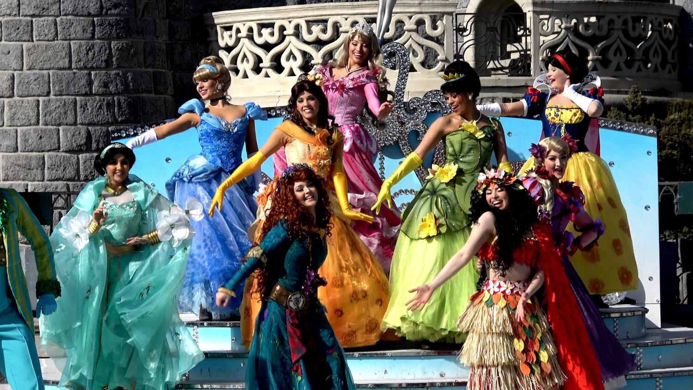 Princess Team Pirates And Princesses Festival In 4k At Disneyland