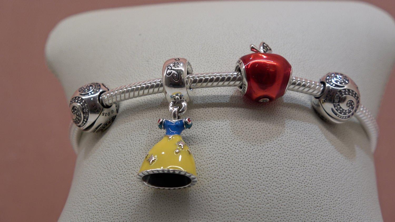 73d2225cf6e Pandora bracelet and charms Shop at the Walt Disney Studios at ...