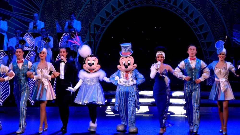 Mickey's Christmas Big Band at Disneyland Paris.jpg