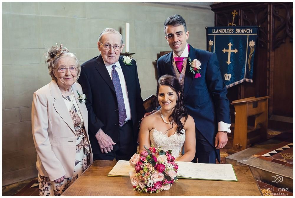 maesmawr-wedding-april-pink-bride-welsh-leri-lane-photography-18-1000x672.jpg