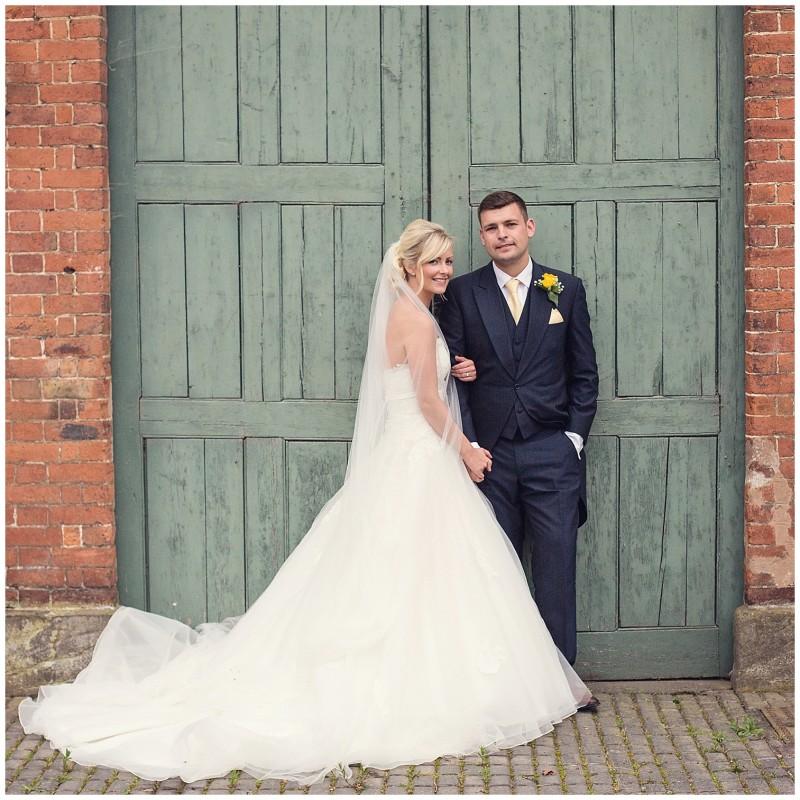 jodie-adam-walcott-walcot-unique-venue-hall-spring-wedding-shropshire-wedding-photogarpher-leri-lane-photography-1