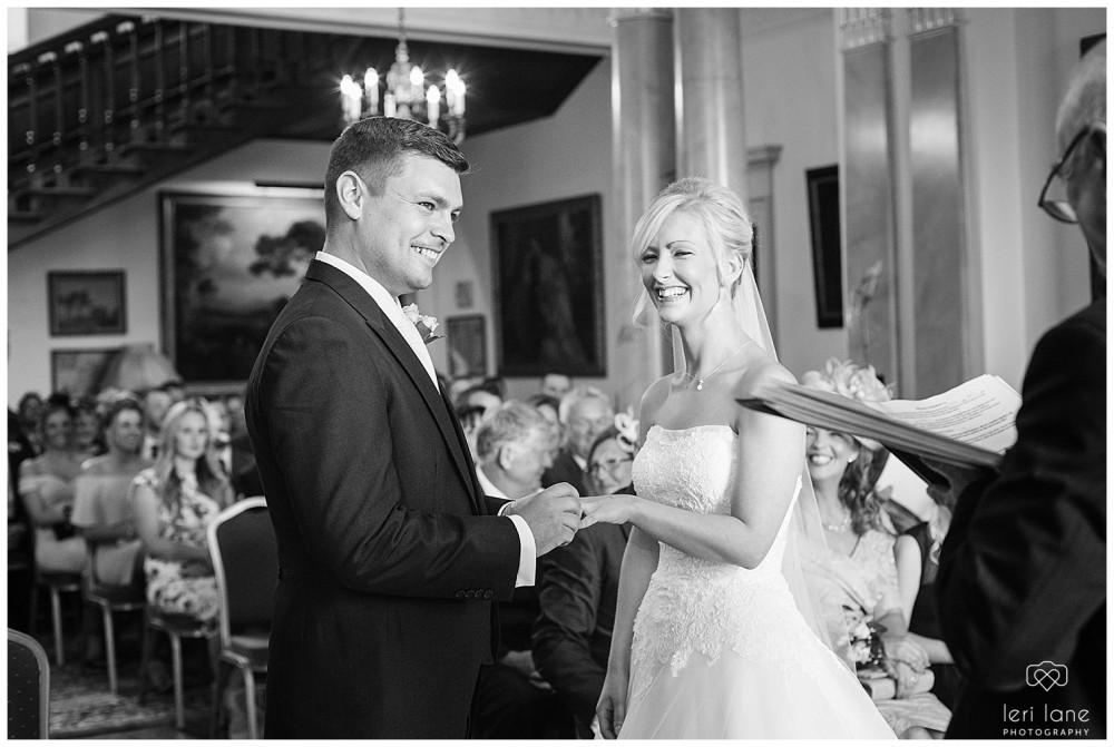 jodie-adam-walcott-walcot-unique-venue-hall-spring-wedding-shropshire-wedding-photogarpher-leri-lane-photography-31