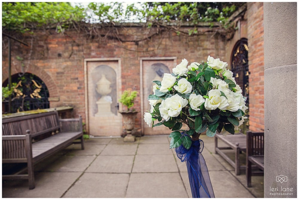 jodie-adam-walcott-walcot-unique-venue-hall-spring-wedding-shropshire-wedding-photogarpher-leri-lane-photography-5