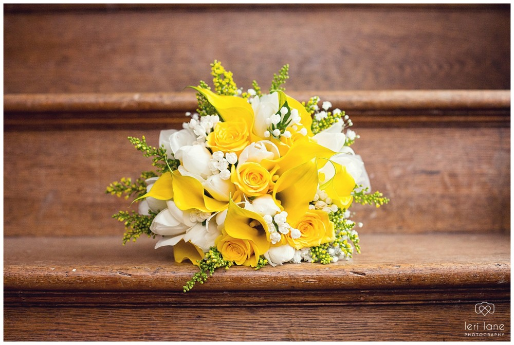 jodie-adam-walcott-walcot-unique-venue-hall-spring-wedding-shropshire-wedding-photogarpher-leri-lane-photography-6