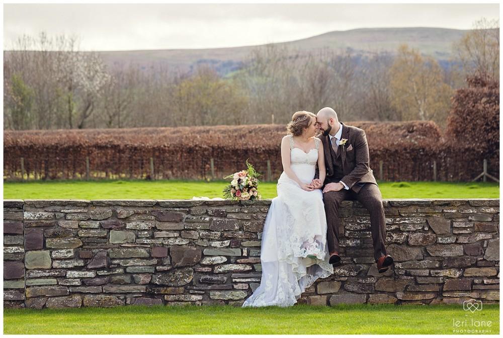 leri-lane-photography-tower-hill-barns-brynich-maesmawr-rowton-castle-gregynog-walcott-hall-wedding-flowers-bride-natural-photos-bridesmaids-rings-shoes-mid-wales-shropshire-17