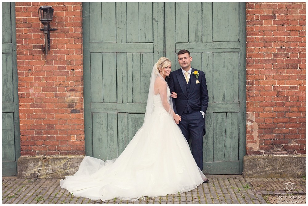 leri-lane-photography-tower-hill-barns-brynich-maesmawr-rowton-castle-gregynog-walcott-hall-wedding-flowers-bride-natural-photos-bridesmaids-rings-shoes-mid-wales-shropshire-52