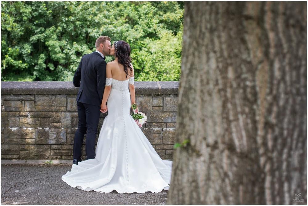 LeriLanePhotography_wedding_Elephant_castle_neetown_Mid_Wales_Photography_Chrissie_mathew-27