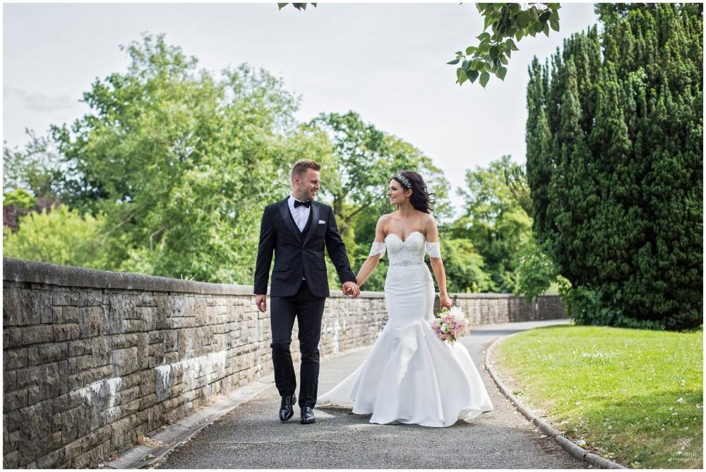 LeriLanePhotography_wedding_Elephant_castle_neetown_Mid_Wales_Photography_Chrissie_mathew-28