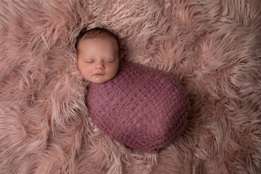 Aurora - What an amazing experience. Leri made us all feel so relaxed and at ease. Such beautiful pictures of our baby girl x