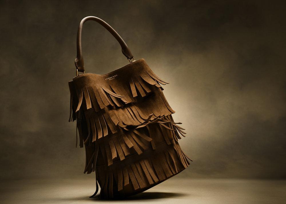 26-icon-artist-management-katie-hammond-advertising-SEASONAL-ACCESSORIES-bag.jpg