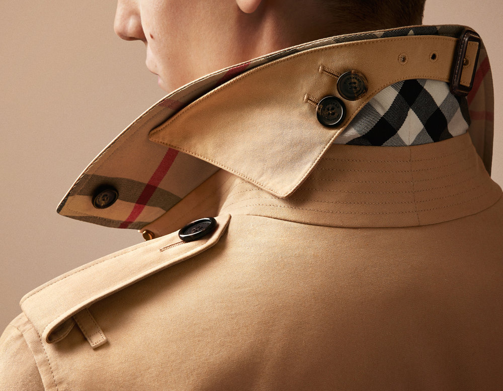 60-icon-artist-management-katie-hammond-advertising-burberry-trench-detail.jpg