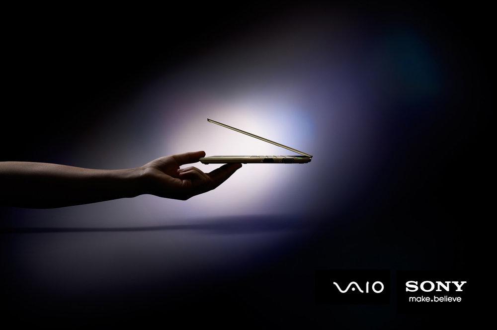 65-icon-artist-management-katie-hammond-advertising-sony-vaio-gold.jpg