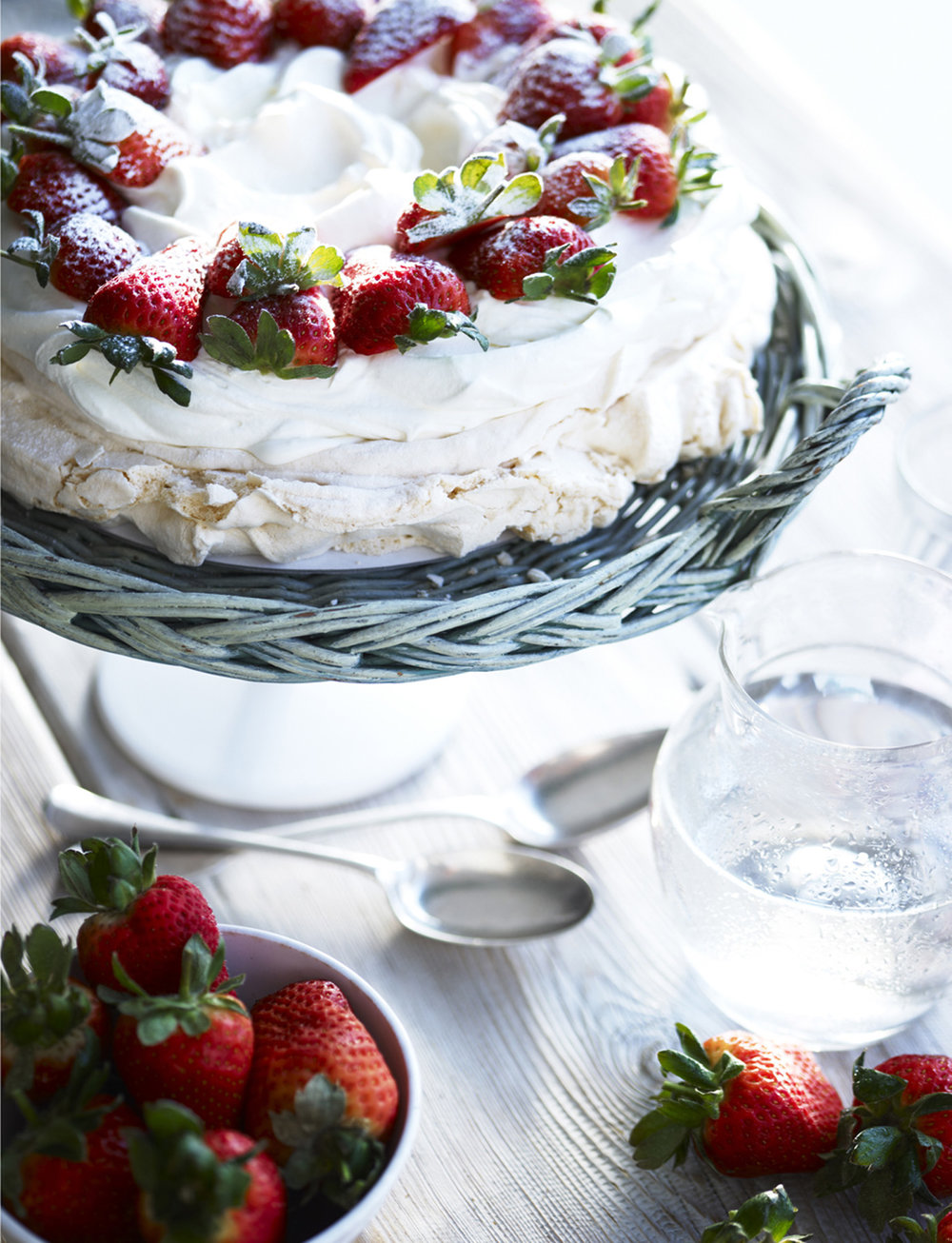 50-icon-artist-management-katie-hammond-food-abelcole_strawberry_pavlova.jpg
