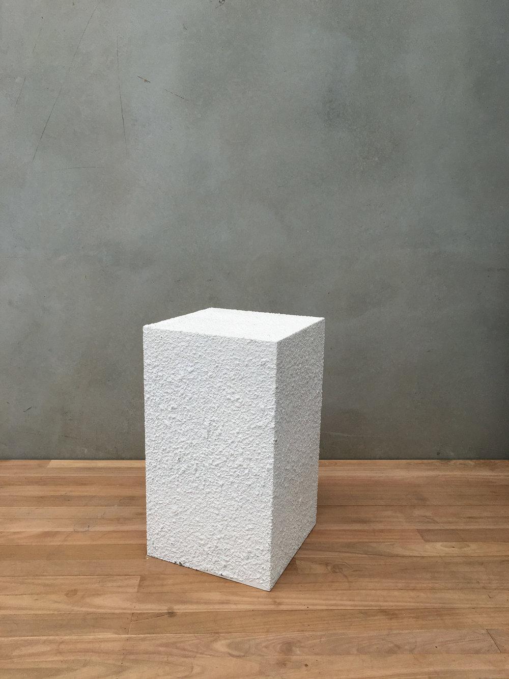400 X 400 X 700 TEXTURED WHITE