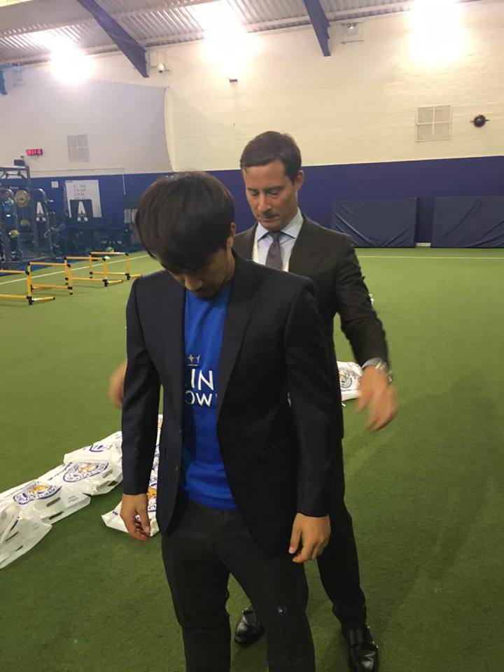 Checking that final fit with Shinji Okazaki.