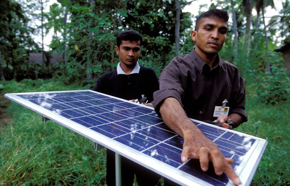 Solar panel on used for lighting village homes. Sri Lanka. Photo: © Dominic Sansoni / World Bank. Photo ID: DSA0020SLA World Bank