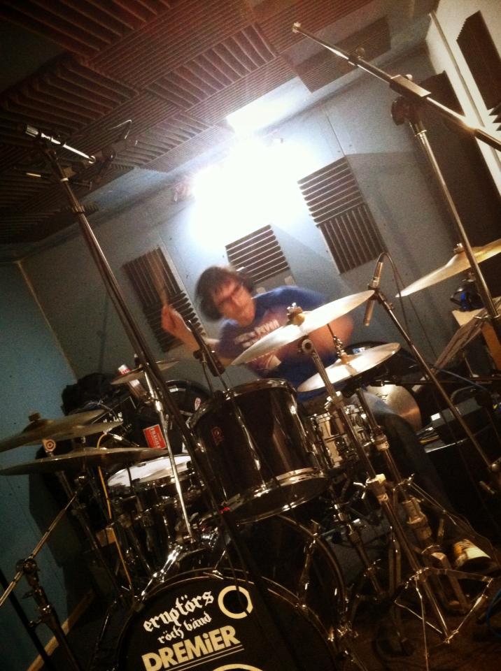 drumming4.jpg