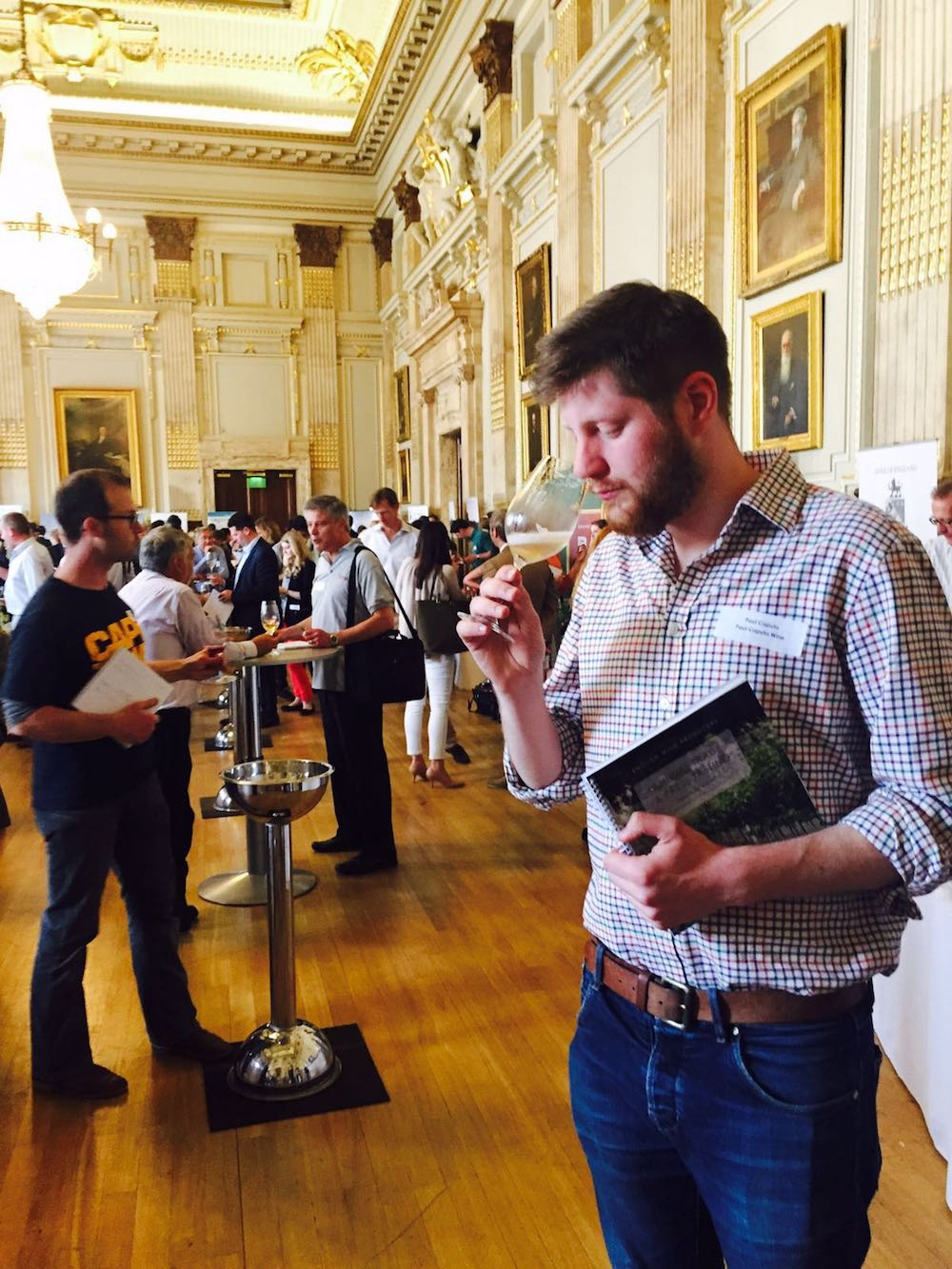 The English wine trade and press day