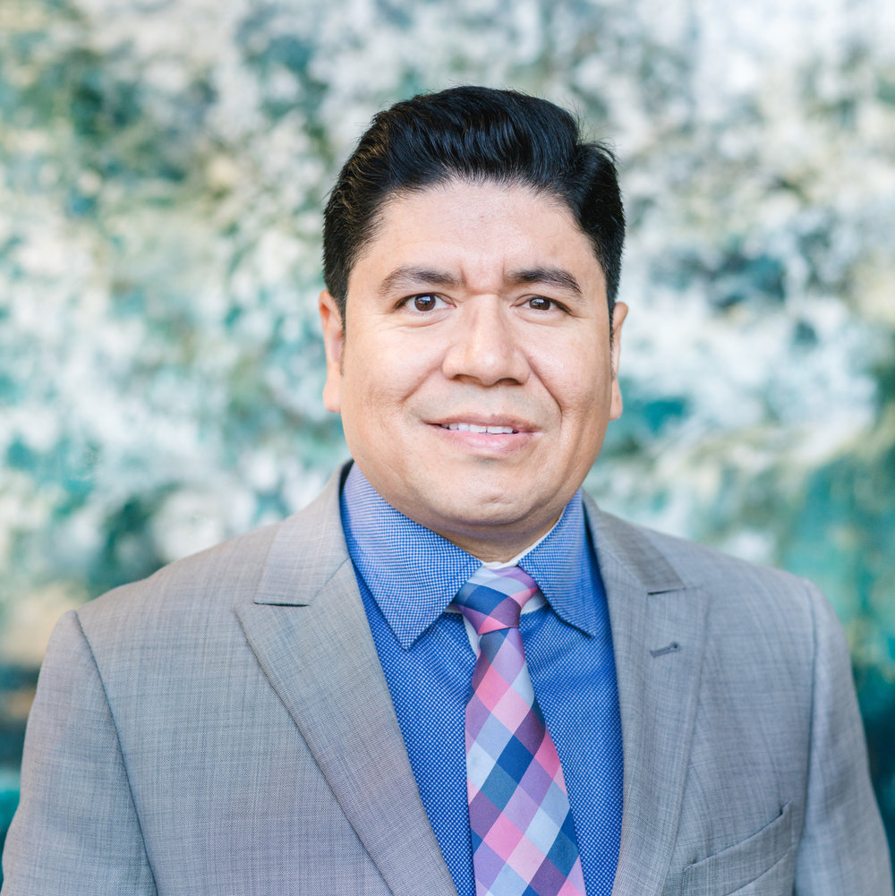 Cesar Diaz  Senior Project Manager