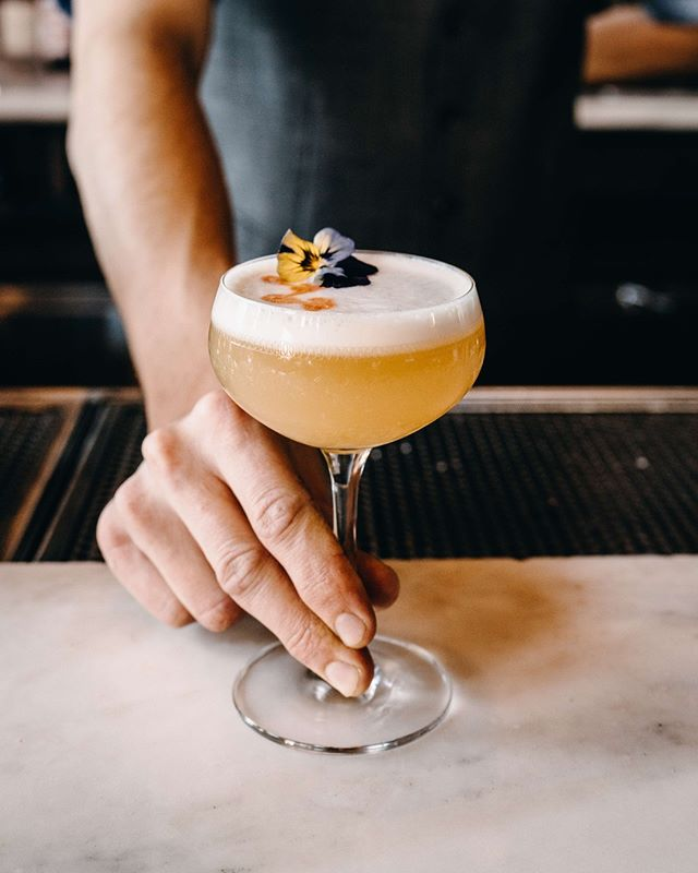 Proper drinks, the Old Elk way. Start the month off right with our Old Elk sour cocktail. 👇  INGREDIENTS 2 oz. Old Elk Bourbon 0.75 oz. Simple Syrup 1 oz. Lemon Juice 1 Egg White  METHOD Combine all ingredients in a cocktail shaker and dry shake (without ice). Strain into a cocktail glass and garnish with edible flower and angostura bitters.