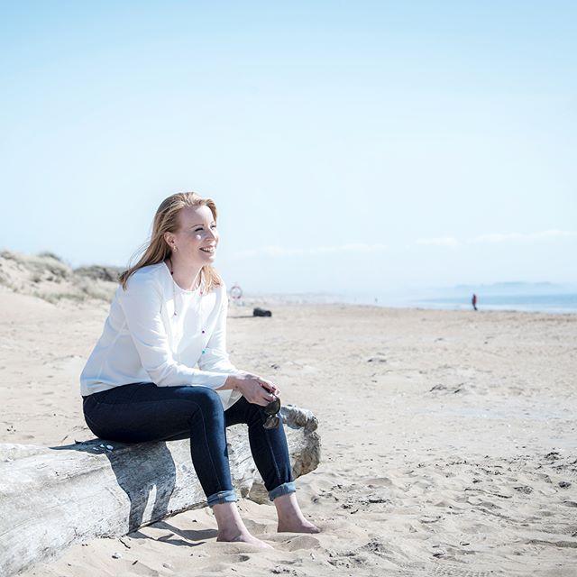 Underbar dag på stranden i Halmstad igår. En kort paus efter en intensiv dag 🙏🏽🌞😎 #annielööf2018 #val2018 #halmstad #halland