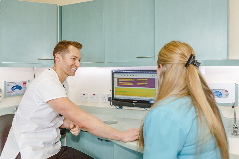 Stephen-working-with-dental-nurse-small.jpg
