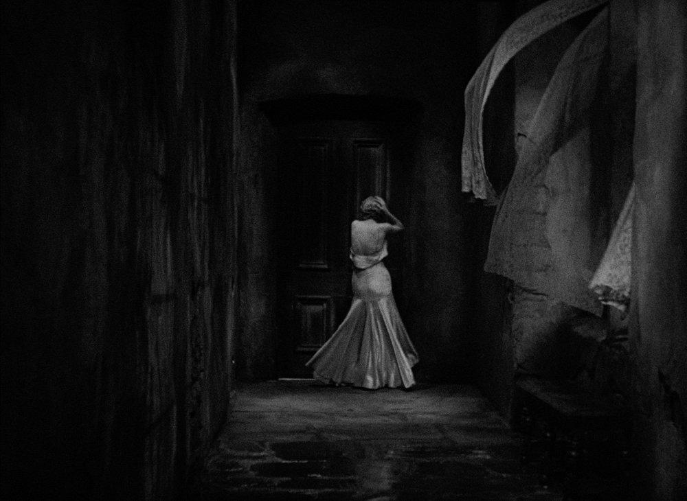 The-Old-Dark-House-3.jpg