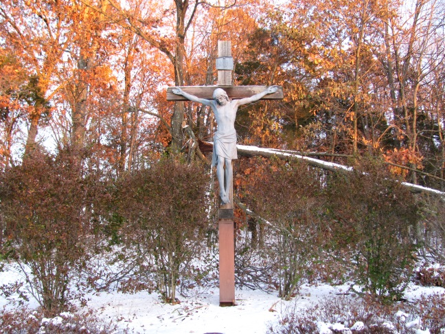 firstsnowmonasterycrucifixblog2014