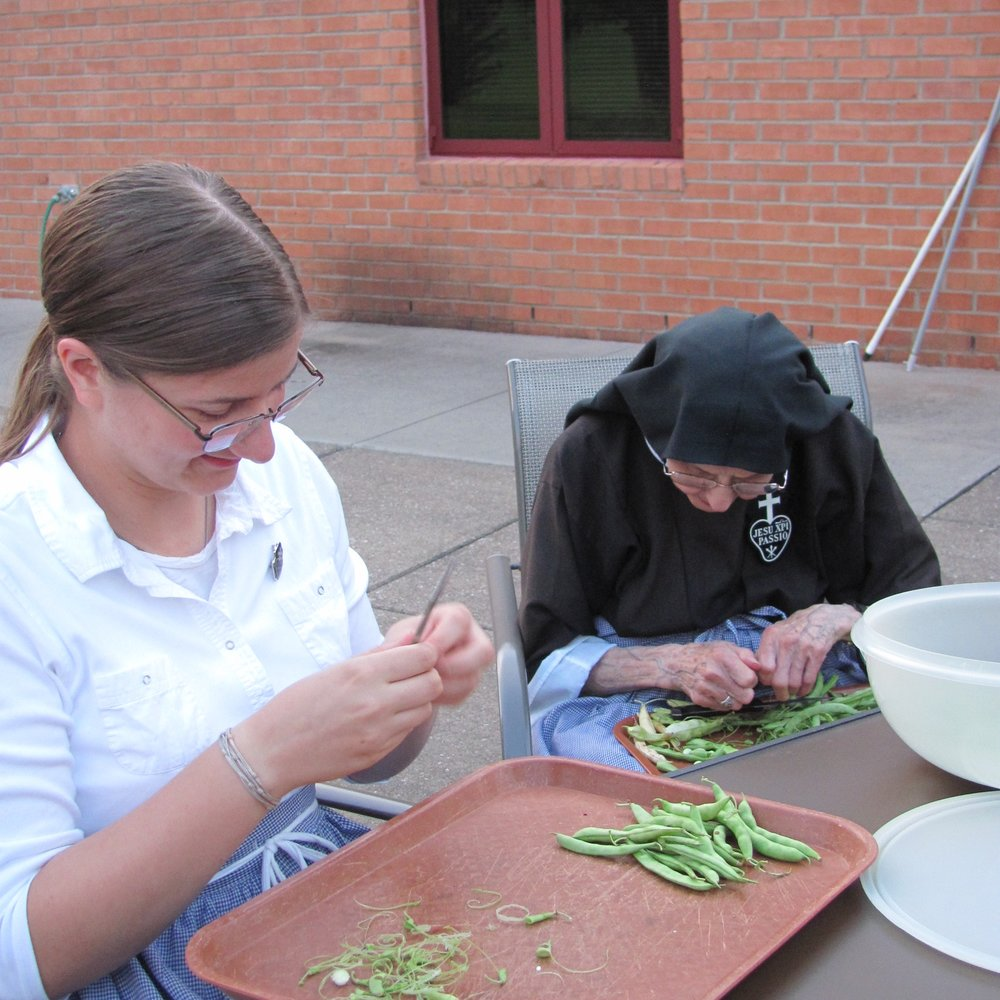 Aspirant Theresa and Sr. Marie Michael - the youngest and eldest monastery residents hard at work, side by side.