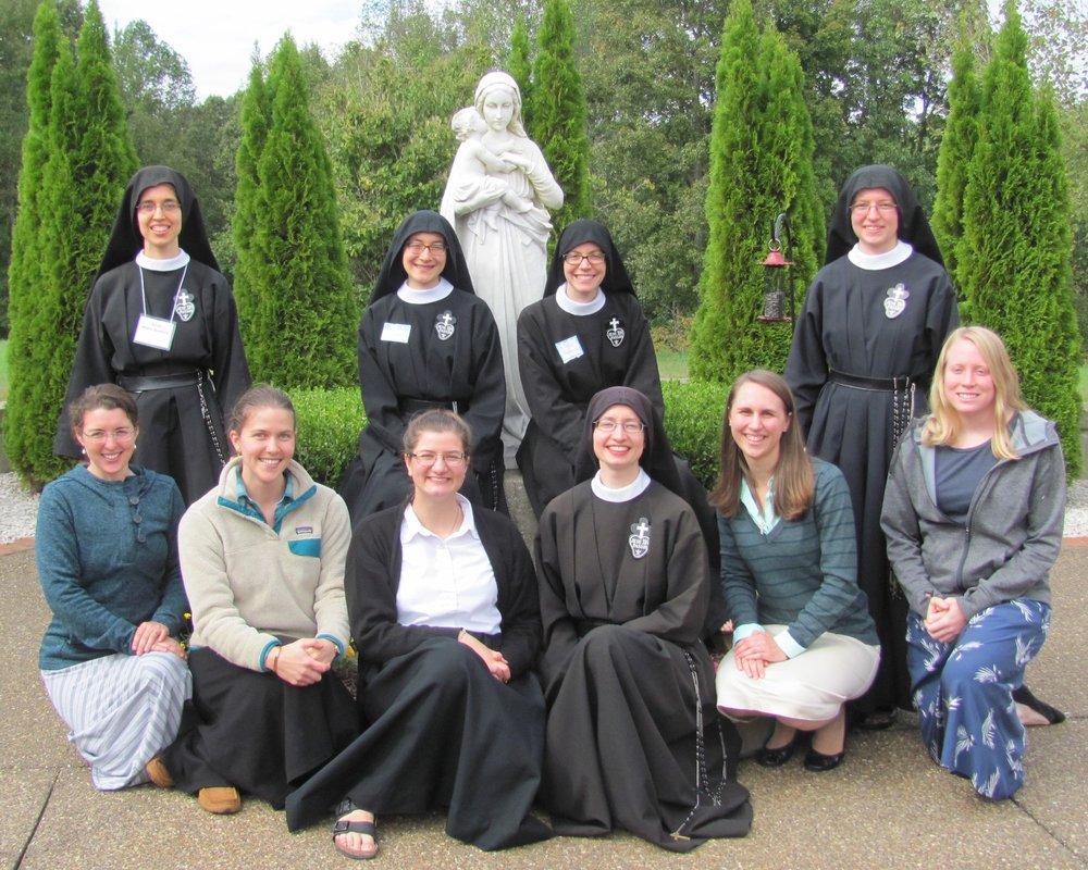 Back row:  Sr. Mary Andrea, Sr. Lucia Marie, Sr. Maria Faustina, Sr. Frances Marie   Front row:  Katelyn, Carolina, aspirant Theresa, Sr. Cecilia Maria, Jennifer, Kendra