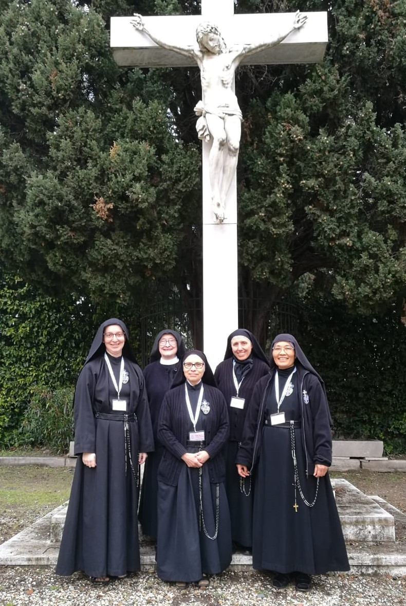 Our Mother President and General Council elected by the General Chapter of January 2019: (left to right) Sr. Luzia Daniela Almeida (Brasil), Mother Catherine Marie Schuhmann (USA), Mother Ana Maria Cabañas (Mexico), Mother Gertrude Poggio (France), Sr. Maria Martina Naiman (Indonesia)