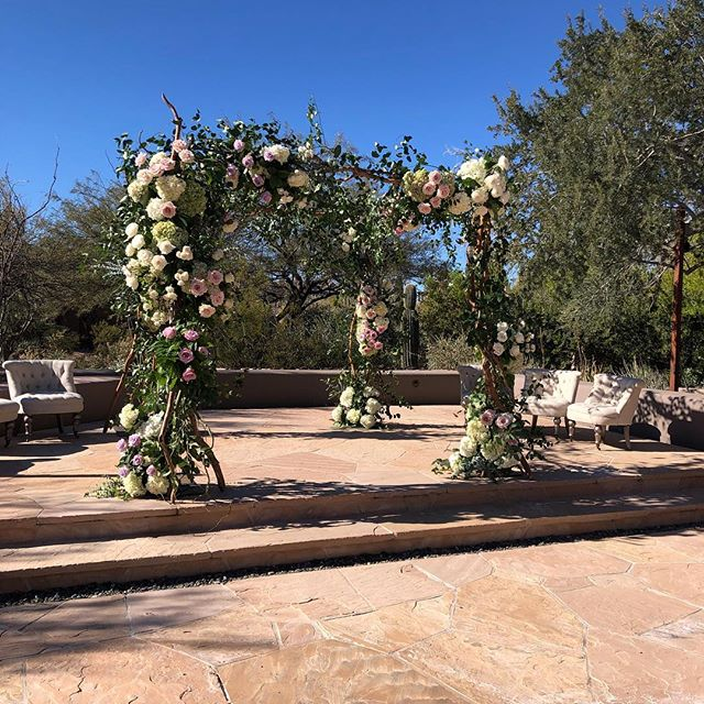 Our beautiful wedding at Four Seasons today with @somelikeitclassic  @fsscottsdale and @eventrentsaz #flowerstudioaz #azflorist #azweddings #weddingflowers  #weddingflorist #luxurywedding #weddingsinthedesert  #customfloraldesign  #customweddings #itsallinthedetails