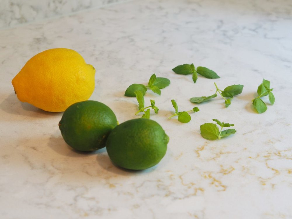 lemon water 2.jpg