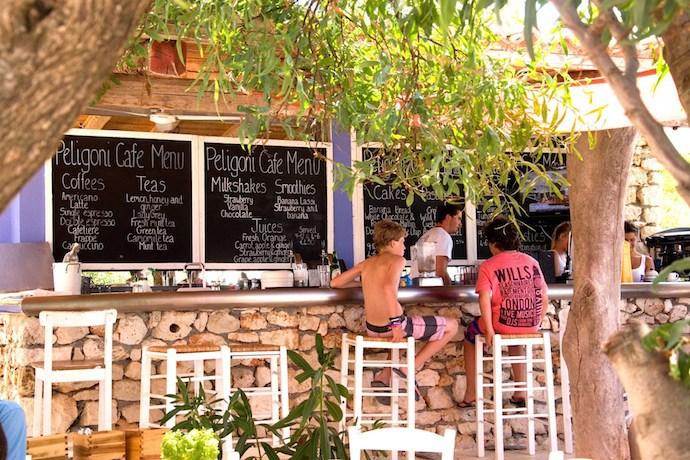 MrFox-peligoni-club-kids-club-greece.jpg