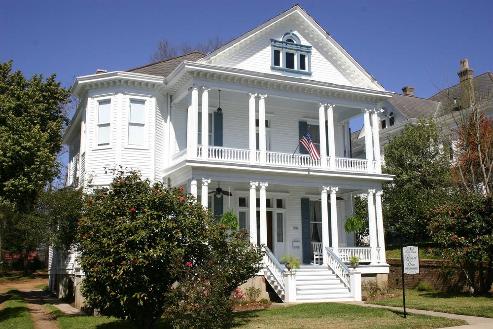 Bisland House Bed and Breakfast  - www.bislandhouse.com404 S. Commerce St.Natchez, Ms. 39120(601)304-5806Please note: Intimate Wedding Ceremonies only  Bride & Groom plus 2 guests