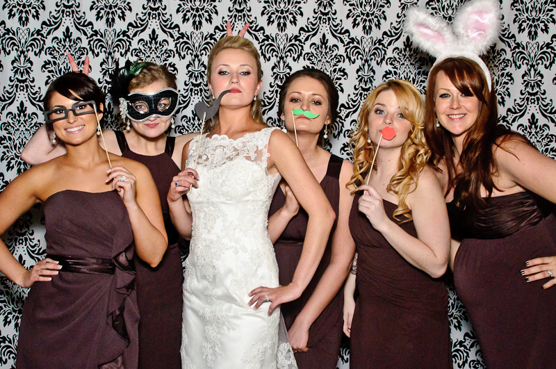 wedding-photobooth-bride-bridesmaids.jpg